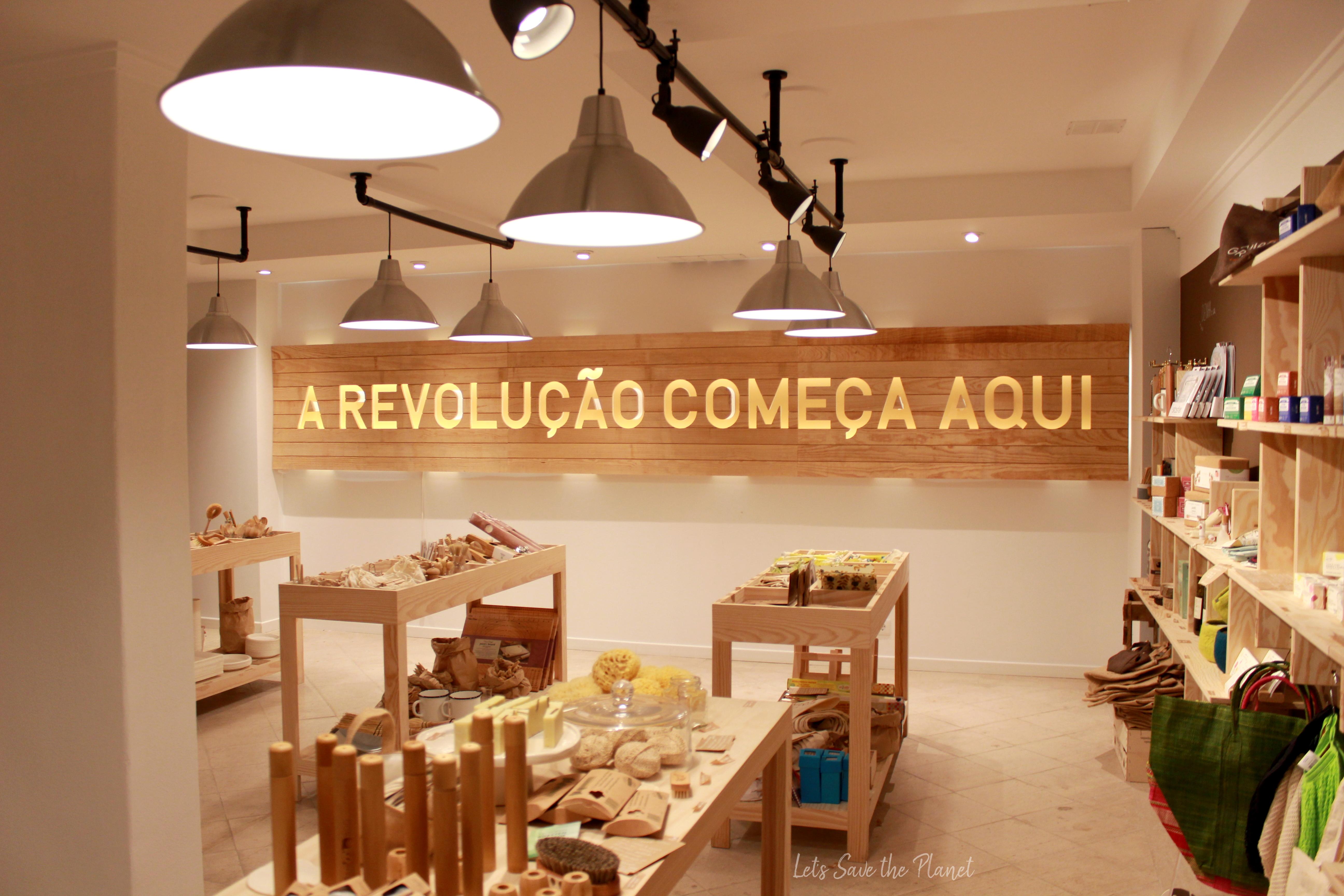 Loja Maria Granel no Campo de Ourique. Secção alternativas a objetos do dia a dia.
